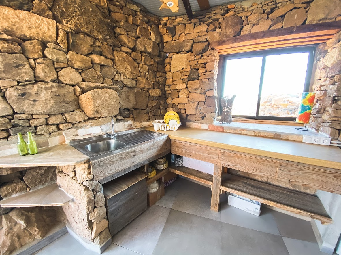 kitchen inside rental